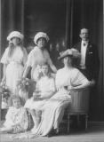 James Keiller med familj Särö. Bild 1103.