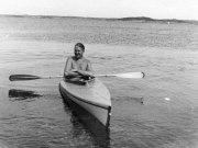 Gösta Nystroem i sin kanot 1938, Särö